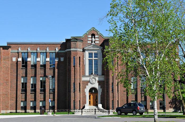 Ranking de los mejores colegios de Canadá