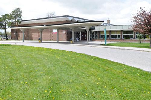 Lista de los mejores colegios en Canadá. Stratford Northwestern